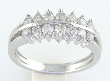 0.70Ct SI1-2 Round Cut Diamond Jewelry 18K Solid Gold Wedding Ring Band Appraisal